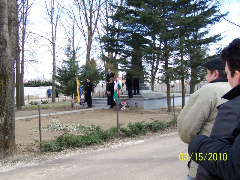 03_20100315_toalmas_koszoruzas