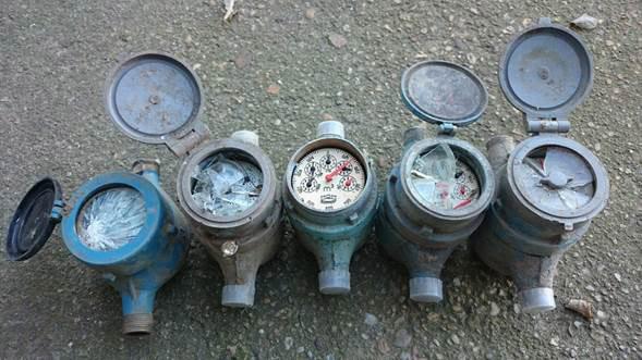 fagykár által megrongálódott vízmérő órák